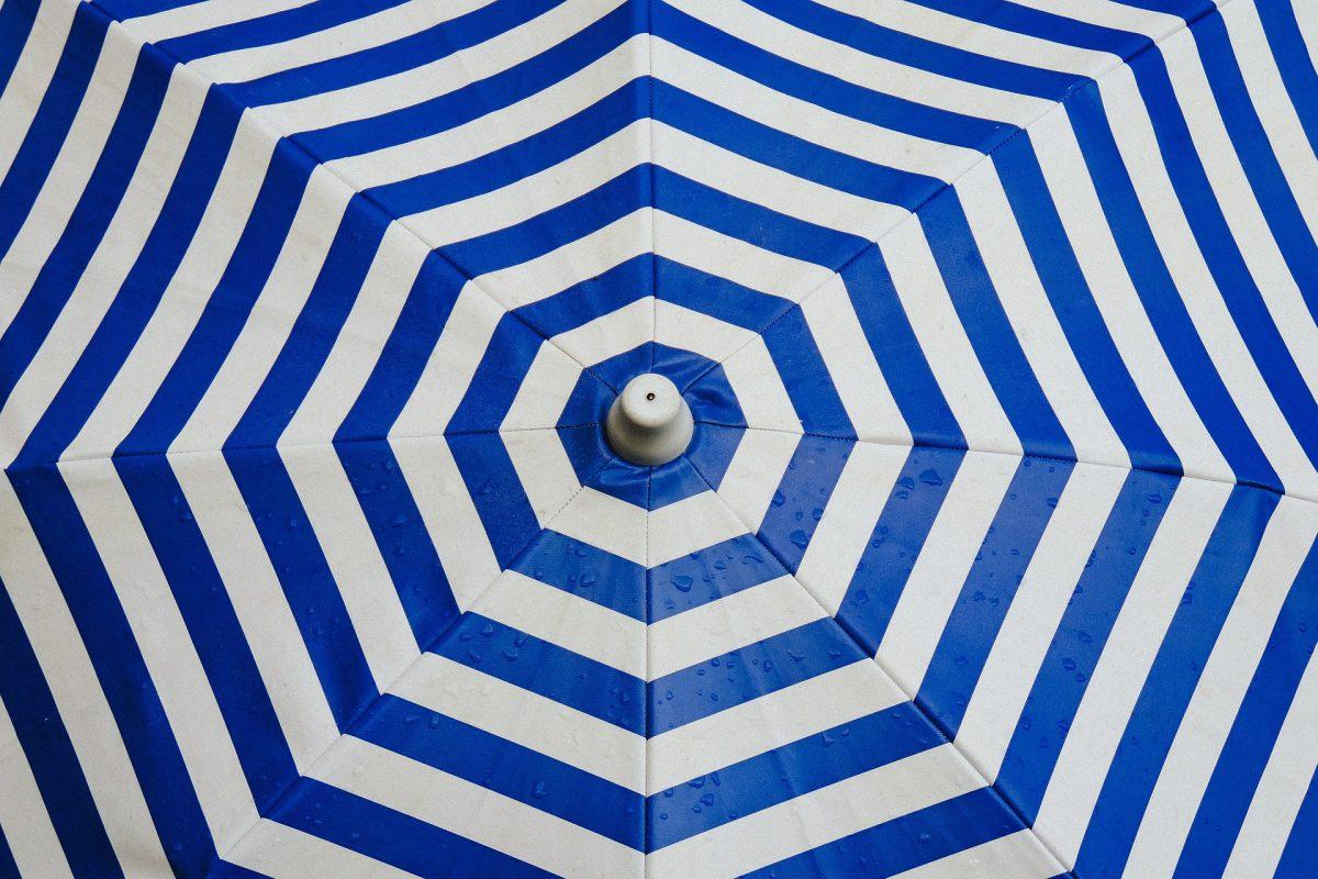 Screen umbrella