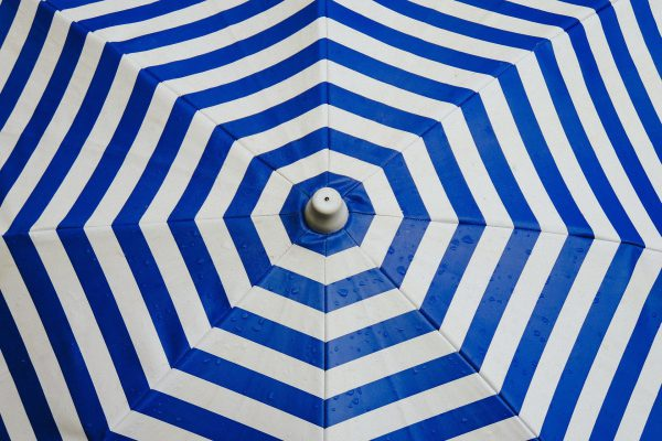 Screen umbrella
